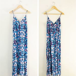 Forever 21 Floral Maxi Dress M